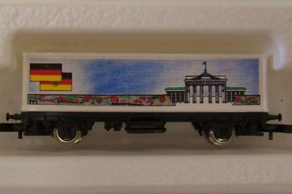 Märklin 8615 Containerwagen Brandenburger Tor mit Original Verpackung