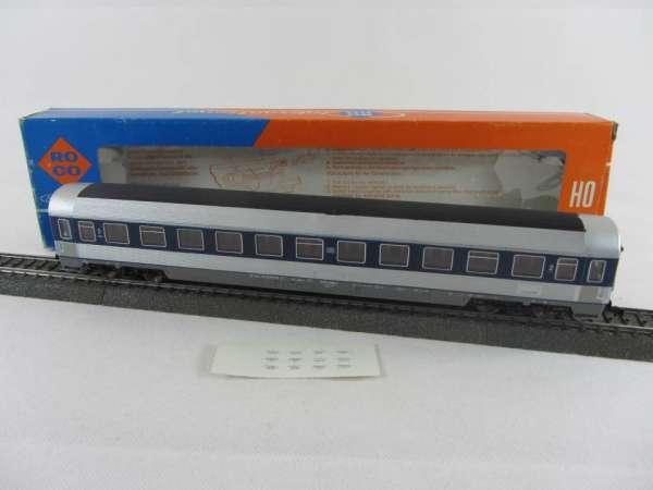 Roco Personenwagen der DB silbern-blau, 3-Leiter guter Zustand mit Verpackung