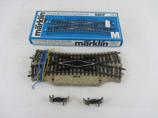 Märklin 5207 Doppelte Kreuzungsweiche für M-Gleis, sehr guter Zustand, mit OVP