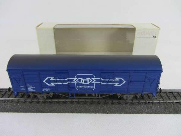 Märklin 4832 Gedeckter Güterwagen Bahn Express der ÖBB blau sehr gut und mit OVP