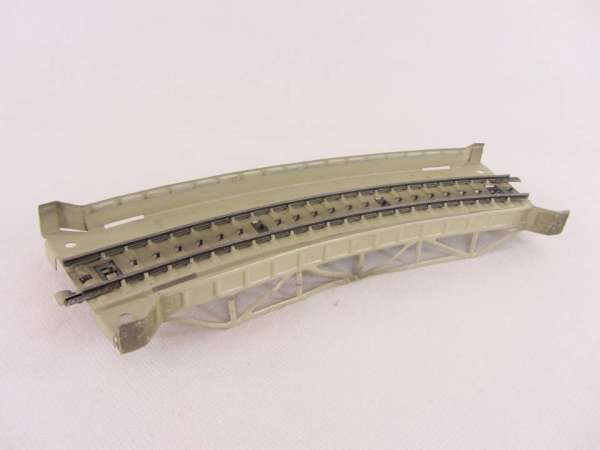 Märklin 7167 gebogenes Rampenstück Metall, für M-Gleis, sehr guter Zustand