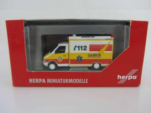 HERPA 46305 1:87 MB Sprinter FW SAMUR neu mit OVP