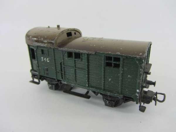 Märklin 310 Güterwagenzugbegleitwagen grün, aus Guss, für Bastler