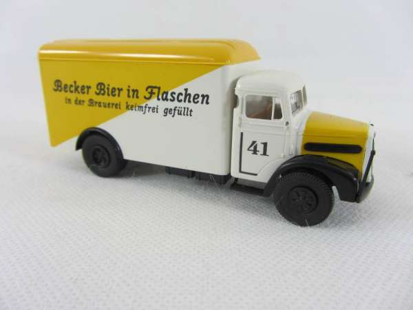 Brekina 1:87 MAN F8 Becker Bier in Flaschen Nr. 41