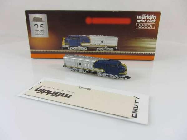 Märklin 88601 USA Diesellok F7 Santa Fe silbern-blau sehr guter Zustand mit OVP