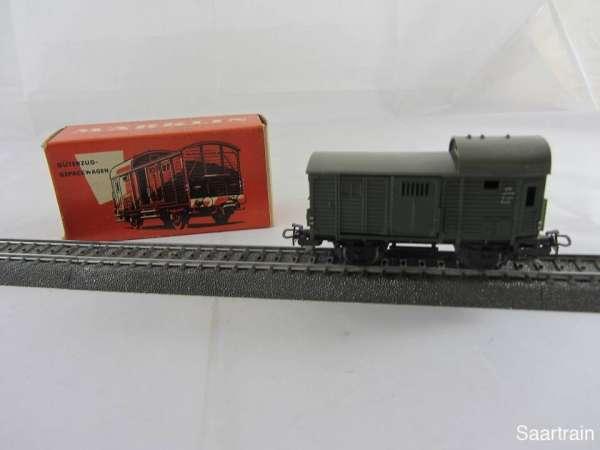 Märklin 4600 Güterzug Gepäckwagen grün gebraucht mit roter Originalverpackung