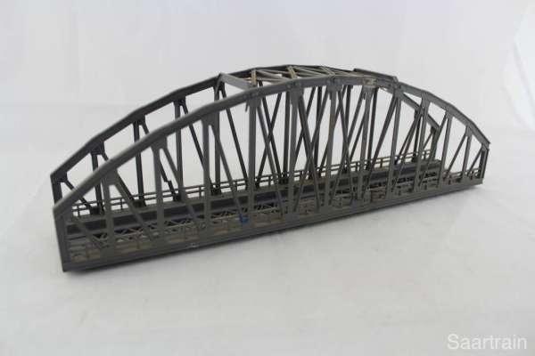 Märklin 7263 Bogenbrücke für K- und M-Gleis, gebrauchter Zustand
