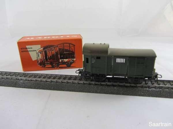 Märklin 310/1 Güterzug Gepäckwagen grün gebraucht mit roter Originalverpackung