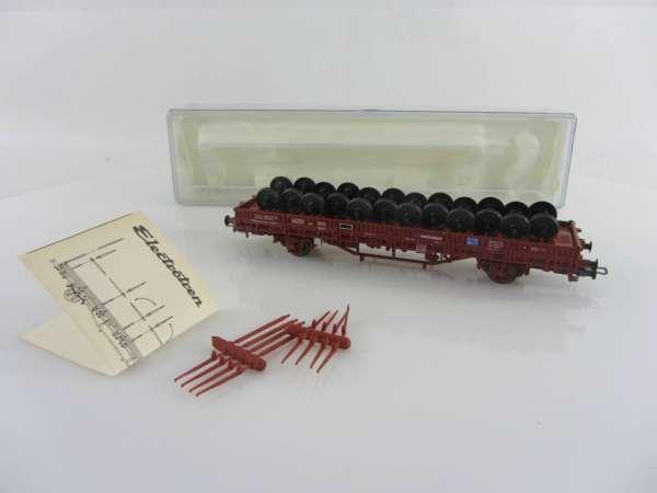 Electrotren 1421 Rungenwagen der RENFE mit Achsen beladen, mit OVP