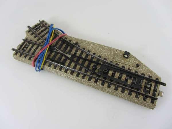 Märklin 5204 Weiche rechts r 420 mm für M-Gleis, guter Zustand, ohne Verpackung