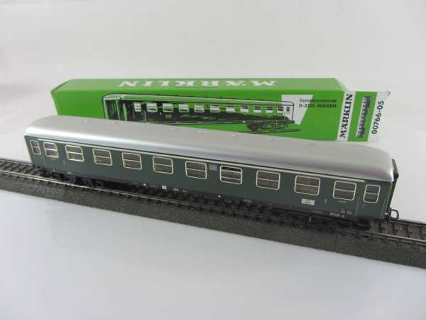 Märklin 00766-5 D-Zug-Wagen ÖBB in grün, aus Blech, neuwertig mit Originalverpackung