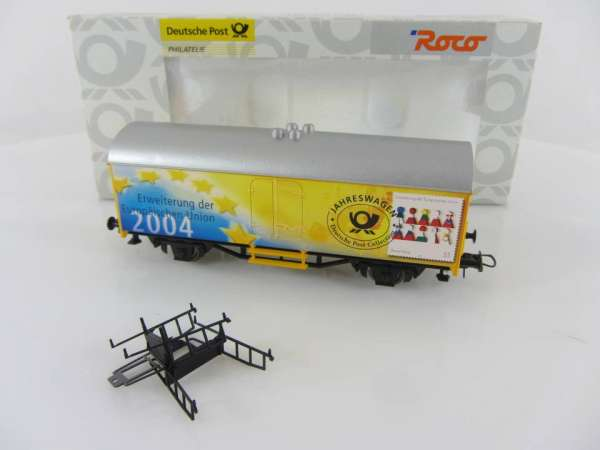 Basis ROCO Werbewagen mit Beschriftung Post Jahreswagen 2004, neuwertig mit OVP