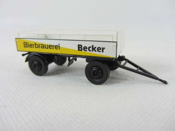 Brekina 1:87 Becker Bier Pritschen Anhänger