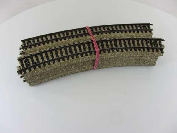 Märklin 5200 12 Stück gebogenes M-Gleis, gebraucht guter Zustand