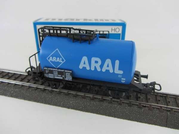 Märklin 4646 Kesselwagen ARAL der DB hellblau sehr gut und Originalverpackung