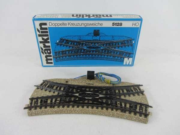 Märklin 5128 Doppelte Kreuzungsweiche für M-Gleis, sehr guter Zustand, mit OVP