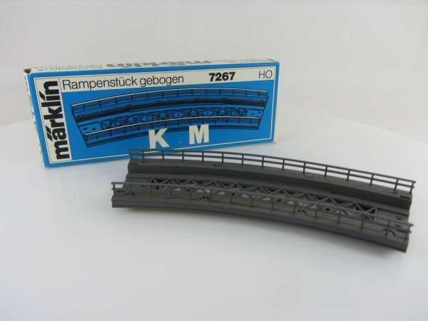 Märklin 7267 Rampenstück gebogen für K- und M-Gleis, sehr guter Zustand