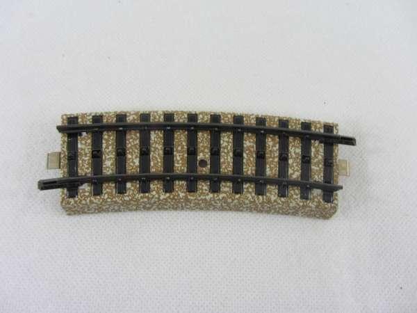 Märklin 5101 1 Stück gebogenes M-Gleis, 1/2, r 360mm gebraucht guter Zustand